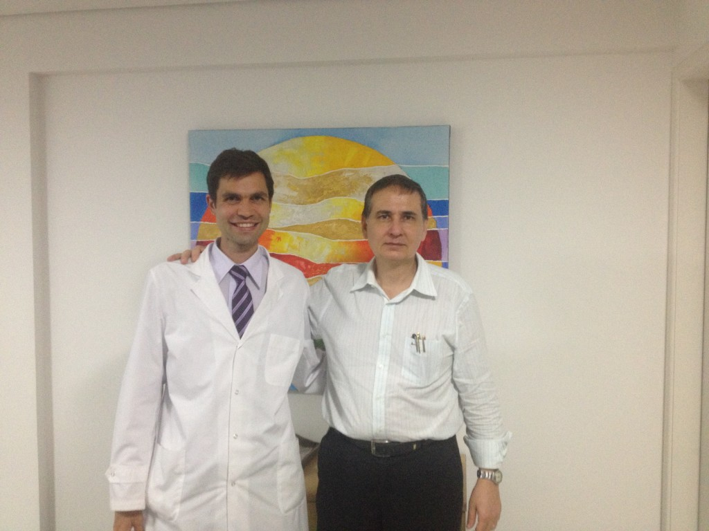 Doctor Facundo Bitsch y Doctor Cisero Coimbra San Pablo Brasil Entrenamiento en Vitamina D para enfermedades autoinmunes